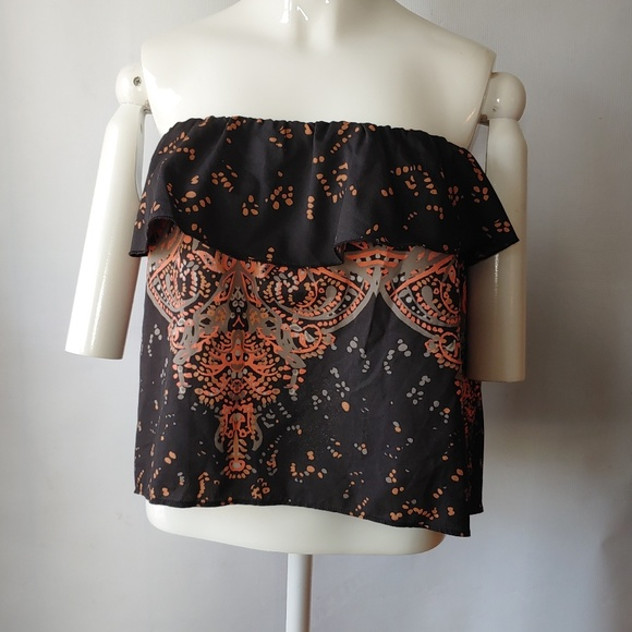 Free People Tops - NWT Free People Ruffle Strapless Size XS